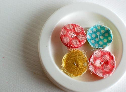 DIY Shappy Little Buttons
