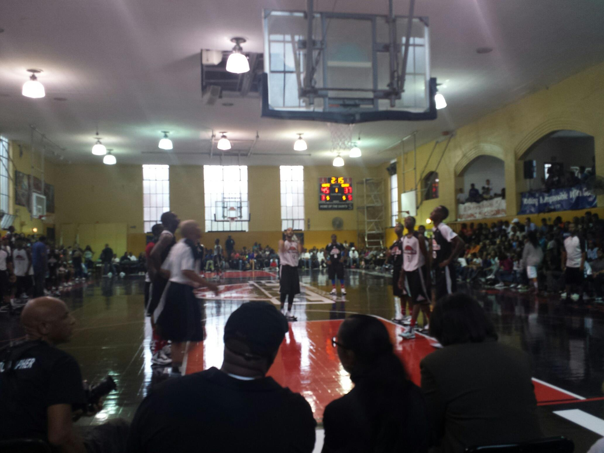 2014Chicago Peace Basketball League