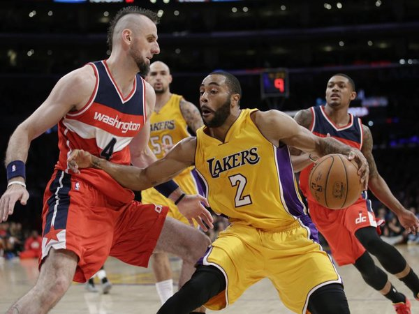 Wayne Ellington Joins Connor Sports for the 2015 Chicago Peace Games