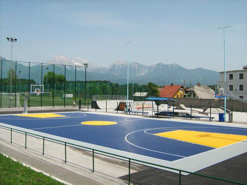 Outdoor Commercial Basketball Facility Builder