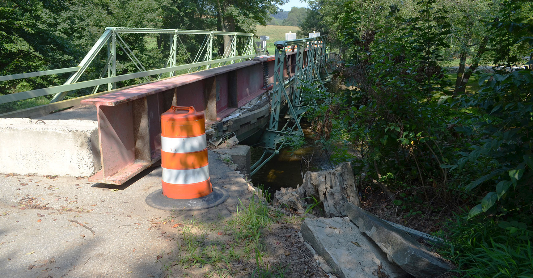Bridge Management Damage Assessment and Repair Design