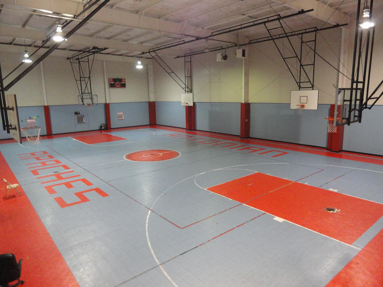 Texas Highschool Upgrades Sport Court Gym Floor To