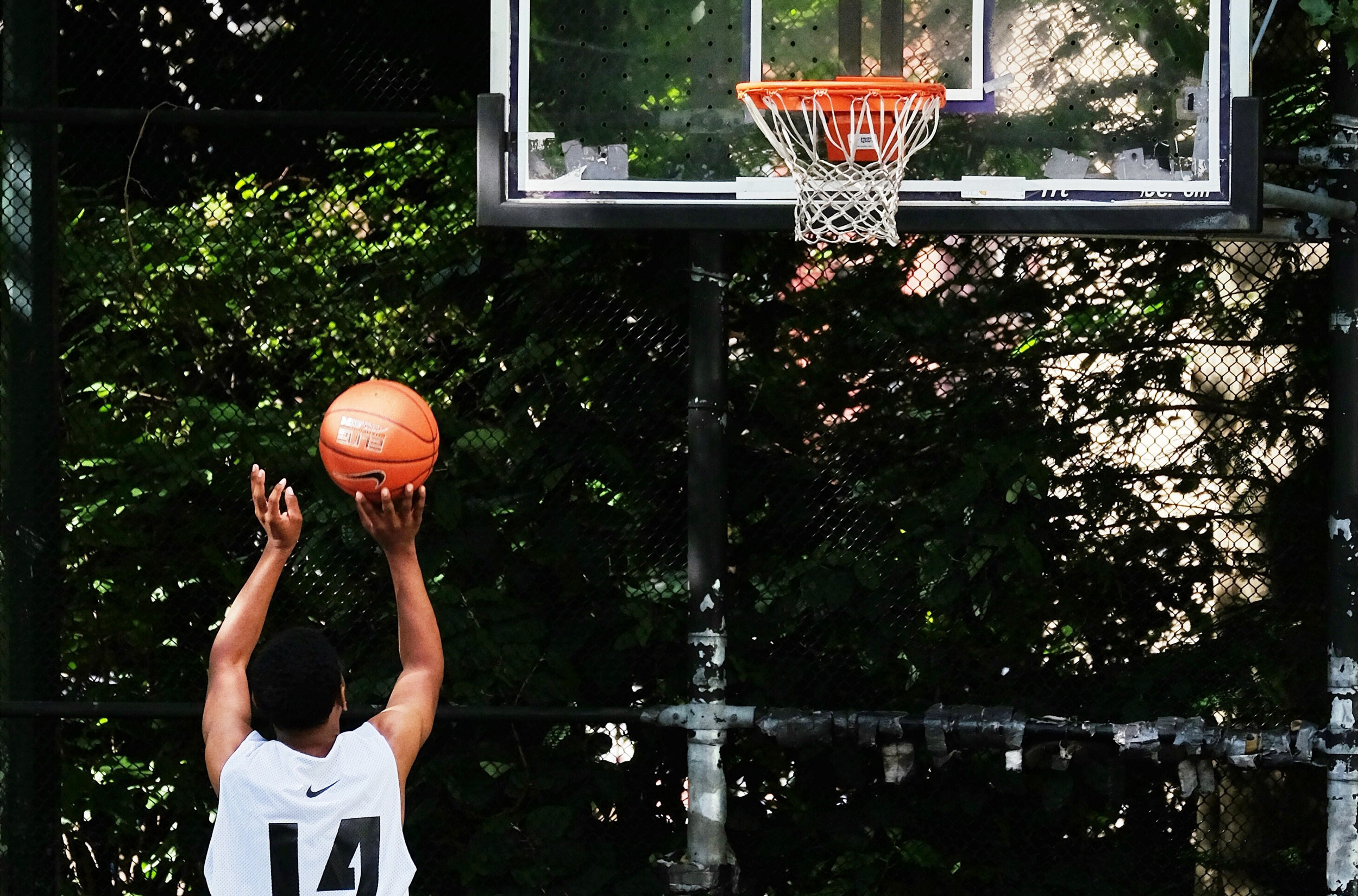 How Adjustable Hoops Give Young Players a Fair Shot