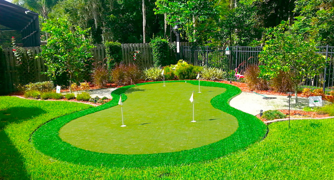 Palm Beach Backyard Home Putting Green With Synthetic Grass by Sport Court Florida