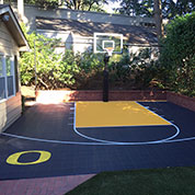 Outdoor green and yellow Sport Court