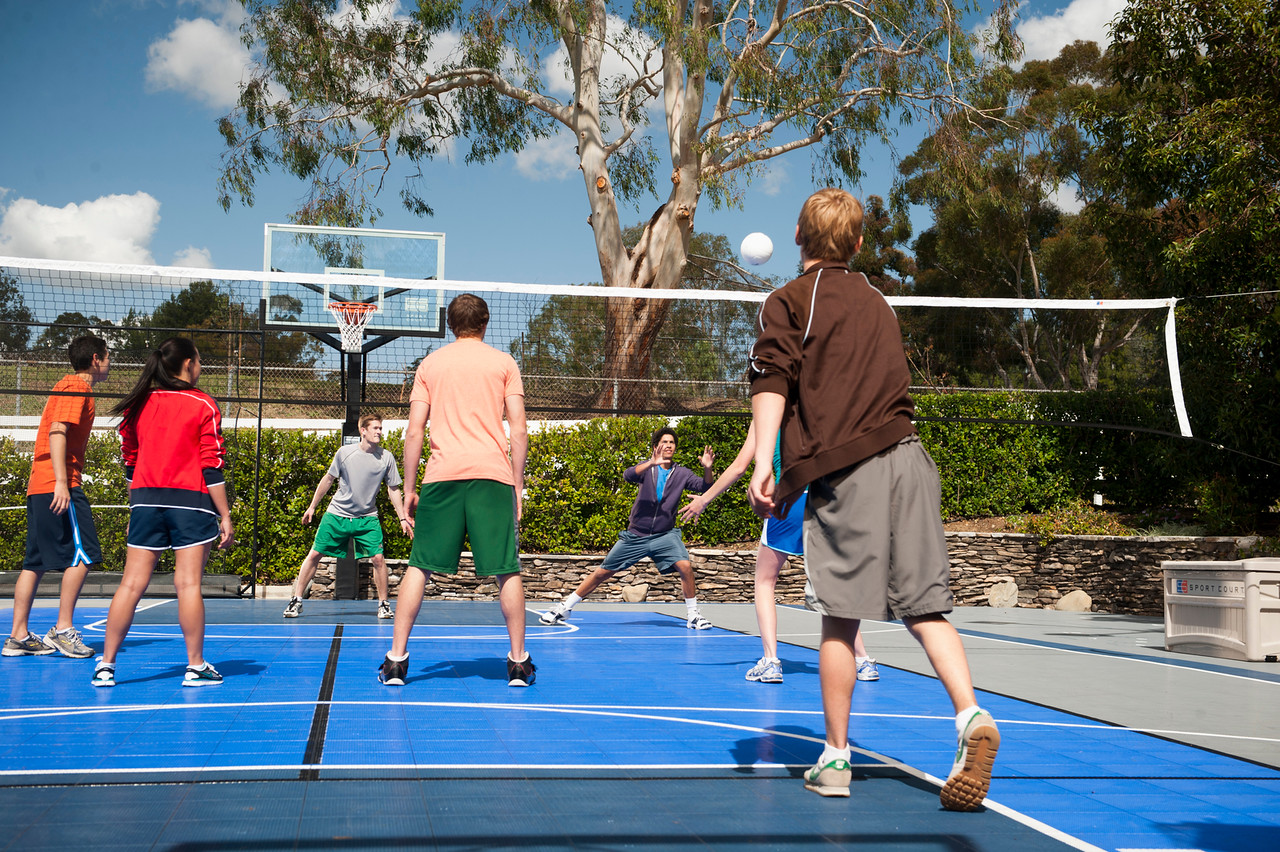 SPORT COURT'S COURTBUILDERS™ MAKE INSTALLATION A BREEZE