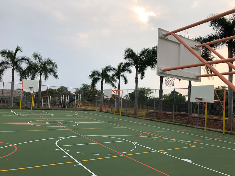 Kahakai Elementary School - Outdoor Playcourts