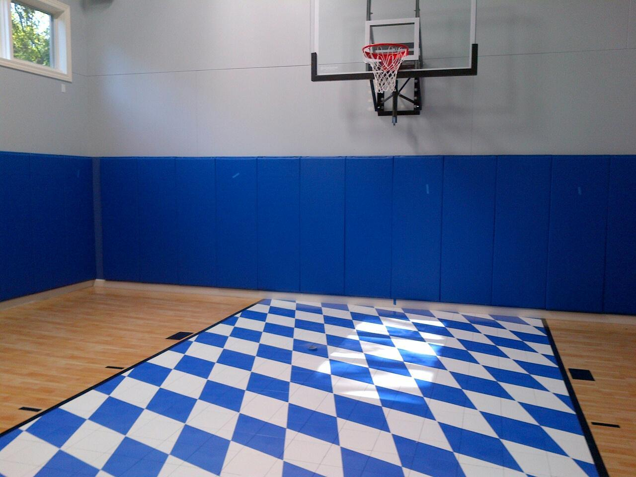 Bavarian Flag Sport Court Home Gym