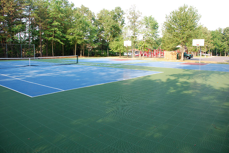 Outdoor Tennis court Builders